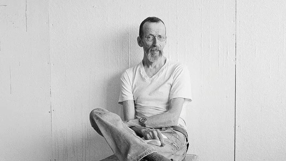Portrait en noir et blanc de Louis-Pierre Bougie